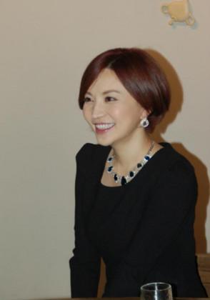 사토미 유리아 (Satomi Yuria . 里美ゆりあ) 3