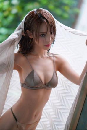 모모노기 카나 (Kana Momonogi . 桃乃木かな) 3