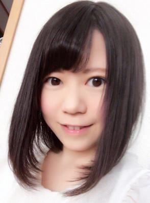 이쿠타 미쿠 (Miku Ikuta . 生田みく) 1