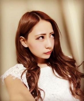 마노 유리아 (Yuria Mano . 真野ゆりあ) 2