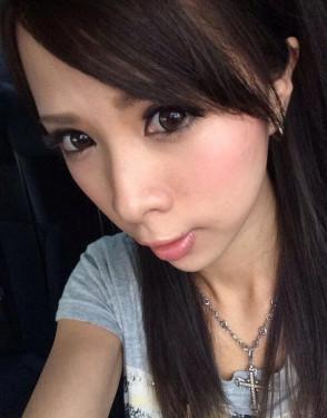 키사키 에마 (Ema Kisaki . 希咲エマ) 5
