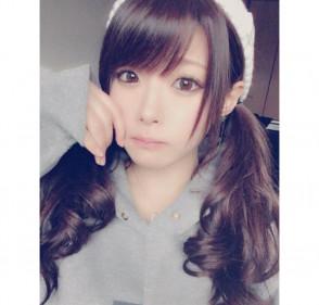 아이자와 미나미 (Minami Aizawa . 相沢みなみ) 2