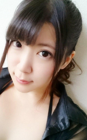 유즈키 마리나 (Marina Yuzuki . 優月まりな) 1