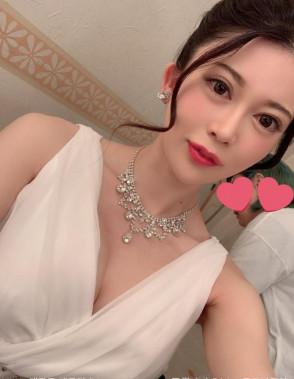 메구로 메구미 (Megumi Meguro . 目黒めぐみ) 1