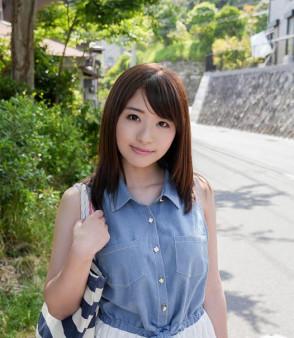 하츠미 사키 (Saki Hatsumi . 初美沙希) 1