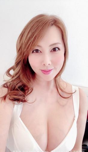 카자마 유미 (Yumi Kazama . 風間ゆみ) 1